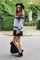 heather gray knitted Zara jumper - gold mirrored Topshop sunglasses