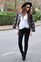tan printed H&M jacket - black suede Topshop boots - black denim Topshop jeans