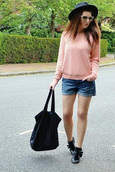 light pink quilted Topshop jumper - black fedora H&M hat