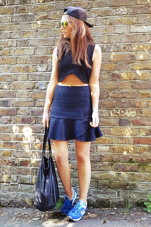 navy striped Zara skirt - gold mirrored Topshop sunglasses