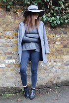 dark gray skinny Topshop jeans - heather gray oversized H&M hat
