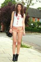 Zara shorts - Aldo hat - Zara t-shirt