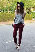 maroon cropped Zara pants - deep purple mirrored H&M sunglasses