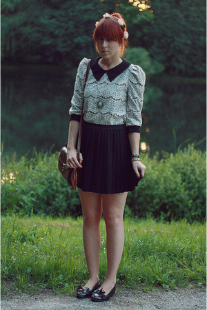 ivory lace Lalamagic blouse - black H&amp;M skirt