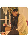 Camel-zara-hat-neutral-h-m-sweater-dark-brown-calzedonia-socks