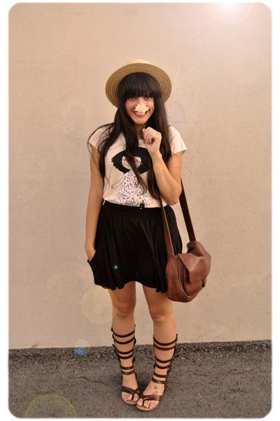 beige vintage t-shirt - black Zara skirt - brown Vintage from Madrid accessories