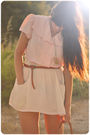 Pink-vintage-from-mums-closet-blouse-beige-zara-skirt-brown-zara-belt-gold