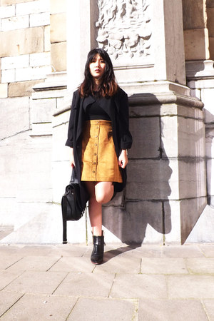 H&M top - Ebay boots - Pimkie coat - Zara bag - H&M skirt
