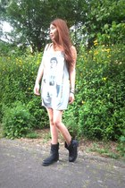 sac danvers boots - thailand dress