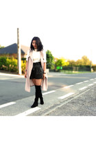 Forever 21 vest - H&M boots - Bershka shorts - new look top
