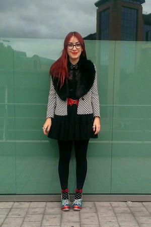 red bow Ebay socks - black checked Zara blazer - black lace new look shirt