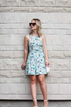 blush Lulus sandals - hollister dress