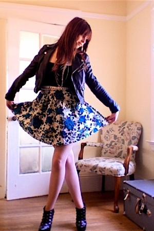 H&M jacket - Vintage Gap top - Forever21 necklace - Forever21 skirt - belt - Col