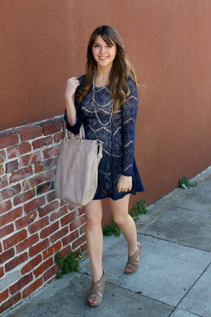 navy Target dress - beige studded tote Target bag - tan Chinese Laundry wedges