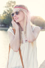 Hippie-ethno-mango-dress-wooden-sunnies-kerbholz-sunglasses-mango-sandals