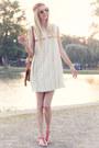 Hippie-ethno-mango-dress-wooden-sunnies-kerbholz-sunglasses-mango-sandals