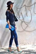 turquoise blue peep toe seychelles sandals - navy skinny Uniqlo jeans