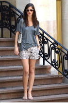 neutral animal print H&M shorts - silver studded affair Rebecca Minkoff bag