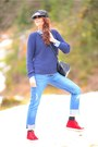 Levis-jeans-rag-bone-sweater-superga-sneakers
