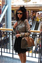 ANNA DELLO RUSSO sunglasses - Atmosphere coat - louis vuitton speedy 35 bag