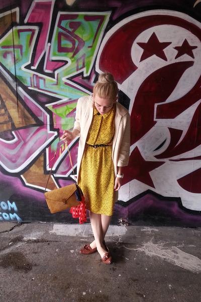 loafers vintage shoes - patterned vintage dress