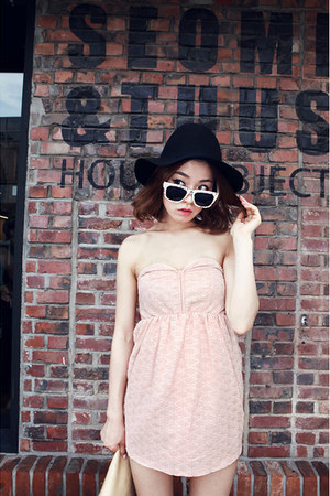 light pink dress - black hat - ivory glasses