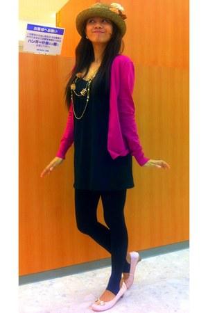 Fanner hat - black korean brand leggings - orange Incense necklace - hot pink co