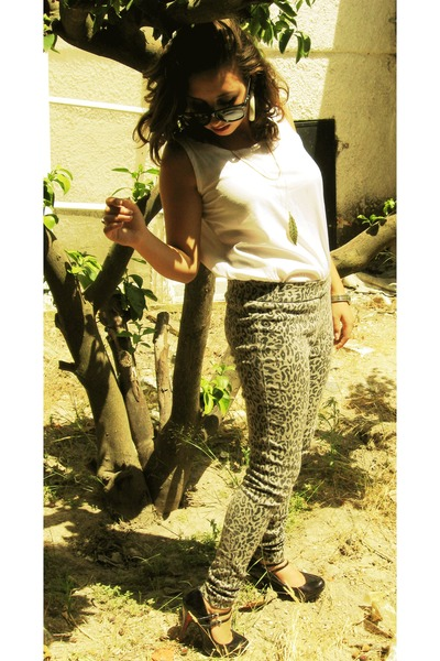 Forever21 pants - vintage blouse - Spring shoes - Ray Ban sunglasses