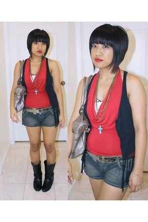 red no brand top - black no brand shorts - blue IRATIK DIY necklace - silver Gue