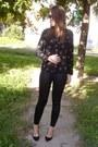 Black-faux-leather-asos-leggings-black-bird-printed-oasap-shirt