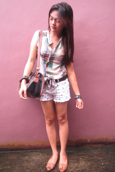 white floral shorts - black sling bag - turquoise blue studded top - camel flats