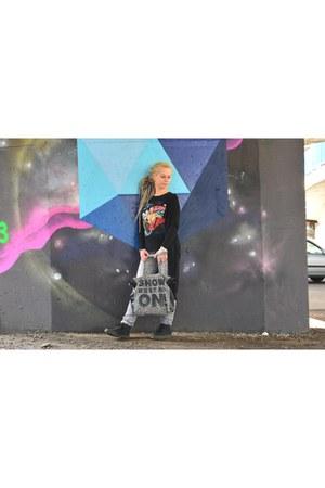 black Mohito coat - heather gray Terranova jeans - black Sinsay sweater