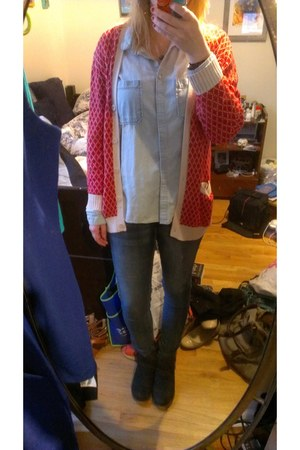 red cardigan Urban Outfitters cardigan - Bucco boots