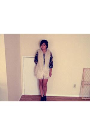 black cotton on shirt - ivory cotton on vest