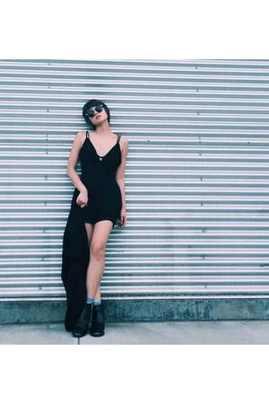 boots - black dress