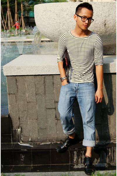 white JPG t-shirt - blue Levis jeans - black Prada purse - black handmade shoes