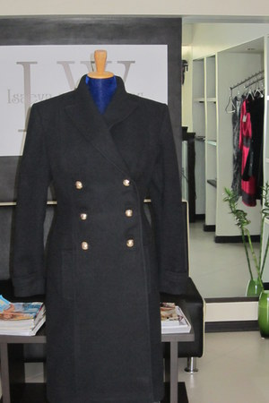 long wool I&W coat