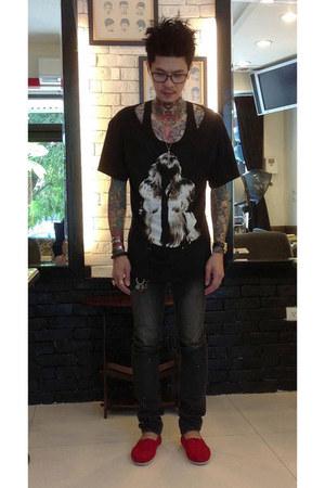 black calvin klein top - dark gray N9 jeans - black Brian Lichtenberg t-shirt