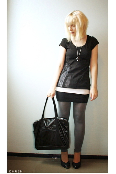 H&amp;M t-shirt - American Apparel skirt - Norlyn pants - American Apparel purse - s