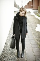 oversized COS blazer - leather Nilson boots - skinny jeans Dr Denim jeans