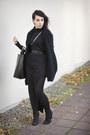 Black-polo-neck-filippa-k-jumper-black-slit-vila-skirt