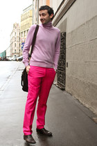 pink Gran Sasso sweater - brick red Gucci boots - brick red Giorgio Armani bag