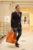 carrot orange Sandal Shop bag - brick red Gucci shoes - blue Dsquared2 jeans