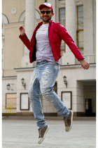 hot pink Dolce&Gabbana jacket - sky blue D&G jeans - red Marc by Marc Jacobs hat