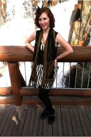 black black socks Apt 9 socks - white striped dress Forever 21 dress