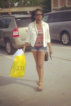white blazer Forever 21 blazer - bag - jean shorts Forever 21 shorts