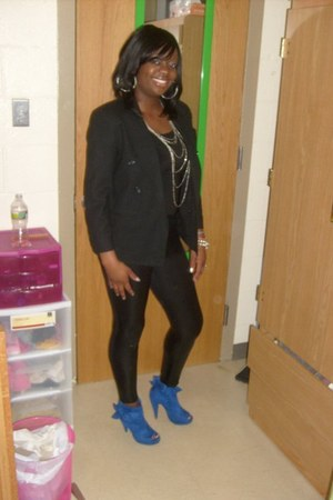 royal blue heels - dress - shiny leather leggings - christian dior blazer