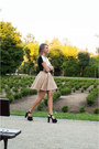 Black-yups-t-shirt-tan-tally-weijl-skirt-black-h-m-sandals
