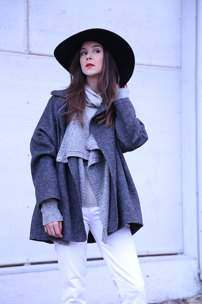 Barneys cardigan - Bottega Veneta boots - Zara coat - JCrew jeans