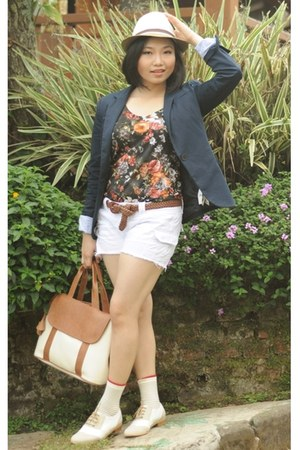 navy Zara blazer - beige Marie Claire shoes - tan unbranded bag